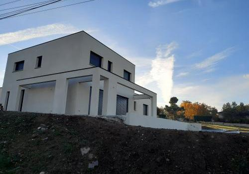 Maison en toiture terrasse
